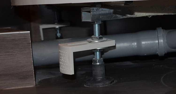 настройка ножек кабины IDDIS HA90WLP