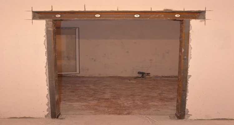 Прорезание дверного проема в бетоне